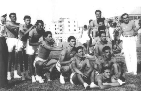 """Aldo Mancini, Parini, Caporaletti, Montenovo, Cingolani, Pangrazi,, Schiavoni ...  ( foto tratta dal libro di Massimo Morroni """"Virtus Osimo"""")"""
