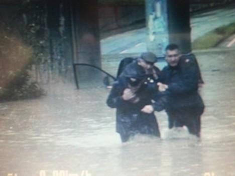 carabinieri salvano pensionato