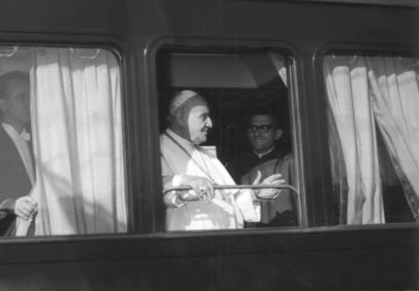 1962 Papa Giovanni XXIII sosta a Osimo Stazione_3