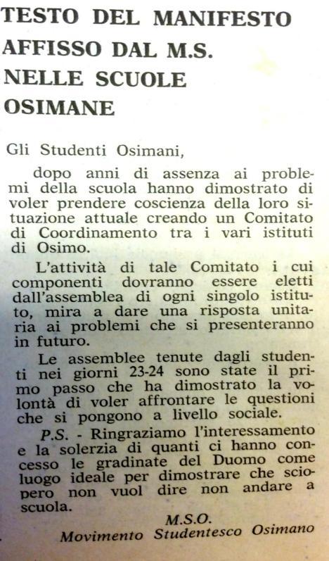 Movimento Studentesco sulle scale del Duomo