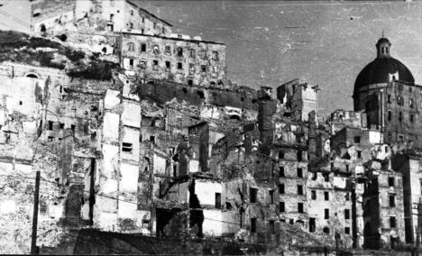 bombardamenti su Ancona